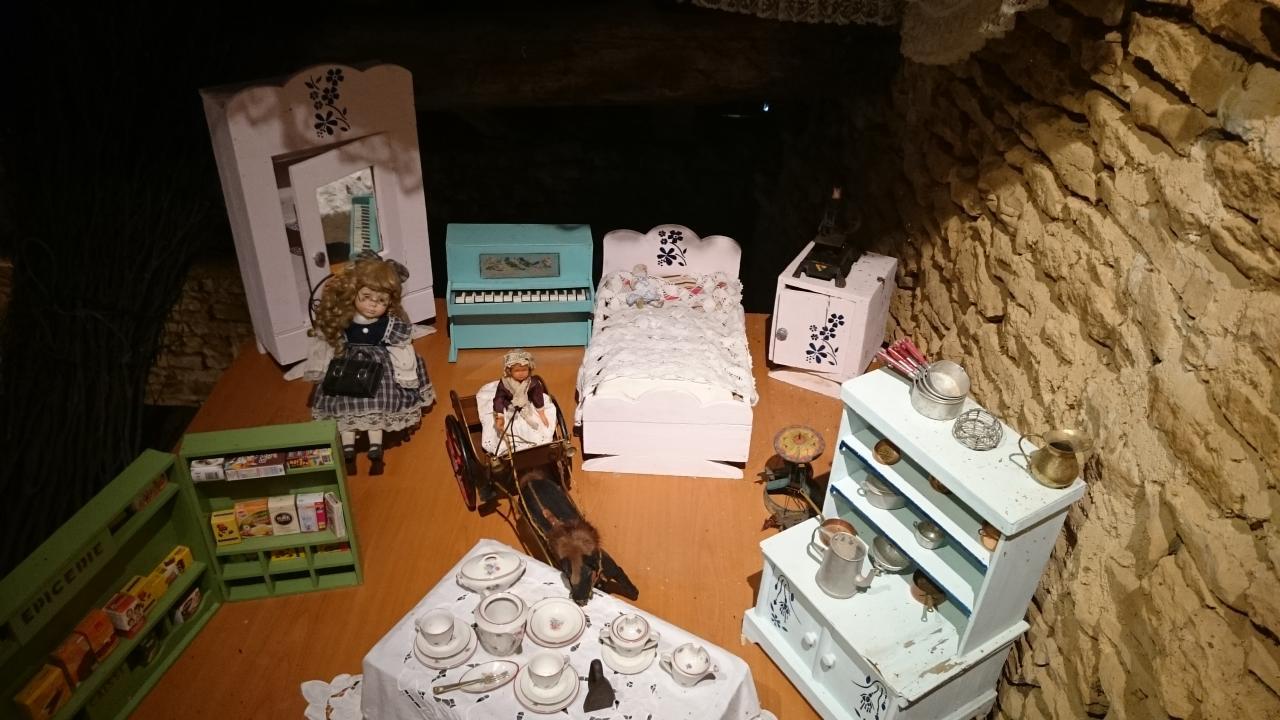 """exposition jouets anciens musée """"c'était hier"""""""