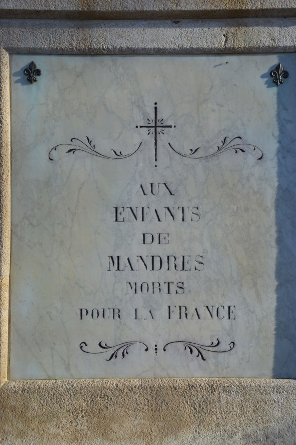 face principale du monument