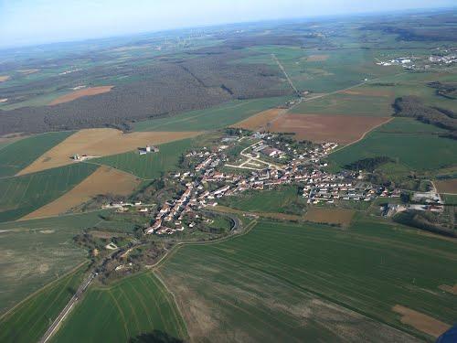 Vue du ciel de Mandres-la-Côte
